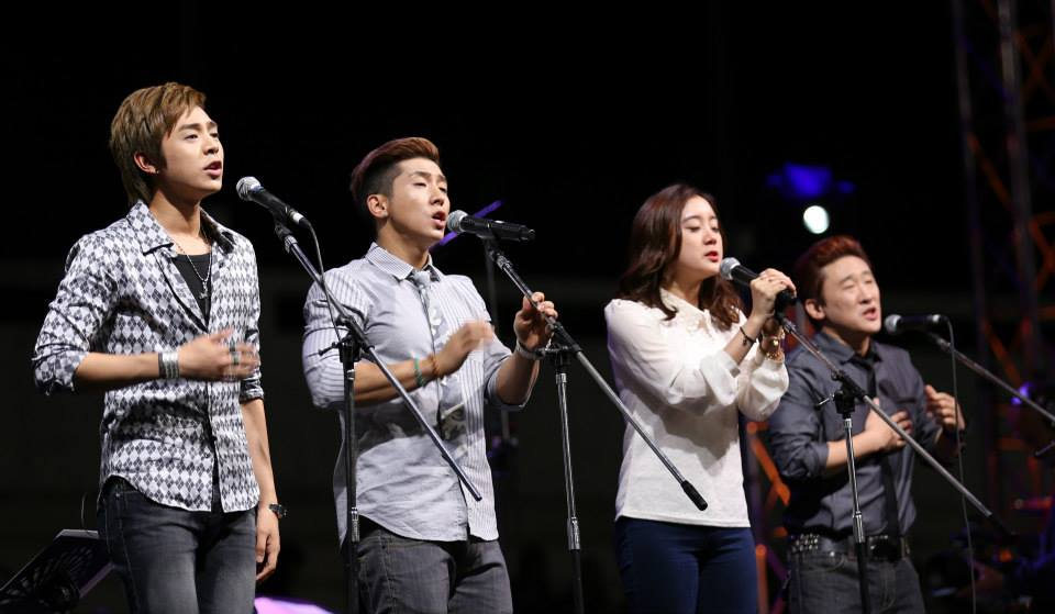 Asian contemporary Christian group 3RD WAVE Music took the stage first to perform.