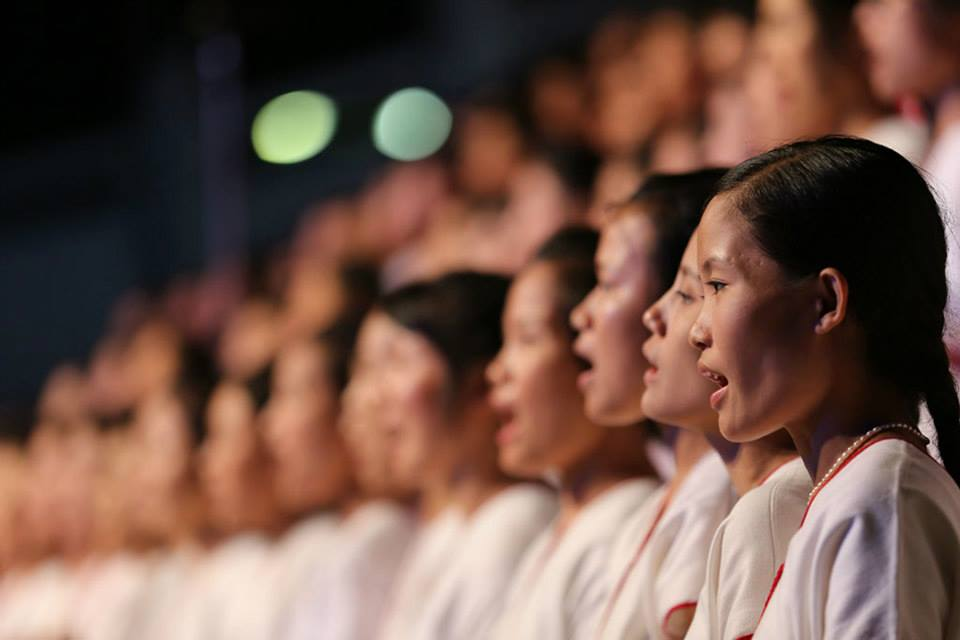 The Abundant Life Festival choir performs in Chiang Mai.