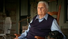 Franklin Graham's Update on Billy Graham: 'His Ministry Now Is Praying'