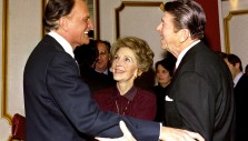 Billy Graham Trivia: What Singer Was Present as Billy Graham Prayed for President Ronald Reagan?