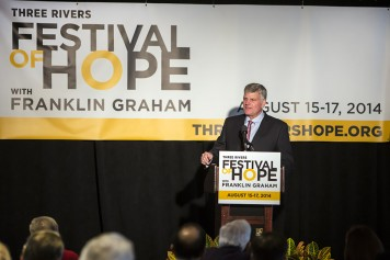 Franklin Graham addresses the crowd