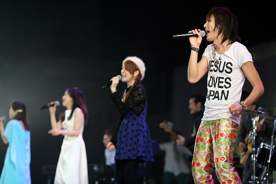"The lead singer of the rock group SALUKI joins other Japanese artists in singing ""Days of Elijah."""