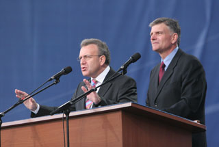 Franklin Graham and Viktor Hamm in Kiev