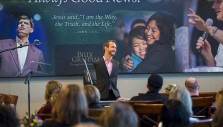Nick Vujicic: 'I don't need arms and legs; I just need Him'