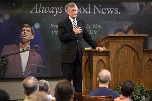 Billy Graham's Pastor Challenges Men to be Authentic, Humble