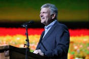 Franklin Graham Tops List of 100 Most Influential Christian Leaders