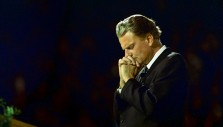 5 Answers on Prayer from Billy Graham