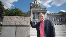Franklin Graham: 'Don't Keep Your Distance'