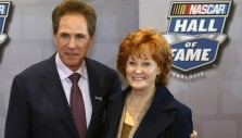 For Stevie Waltrip, Scripture Stuck in Her Heart, on Earnhardt's Dash