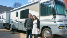 Mobile Music Ministry: Couple Crosses U.S. in Motorhome
