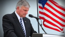 Hundreds Indicate Decisions for Christ After Praying with Franklin Graham Online