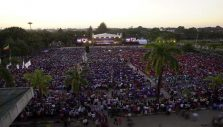Over 70,000 Attend Final Night of Myanmar Festival