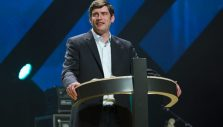"Evangelist Will Graham Shares the Gospel in Alabama, Implores Attendees to ""Come Home"""