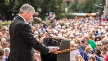 <i>Decision Texas: The Lone Star Tour with Franklin Graham</i> Calling Texans to Prayer