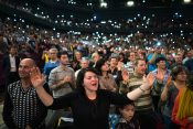 Photos: Many Thousands Hear Gospel at Romania Celebration with Will Graham
