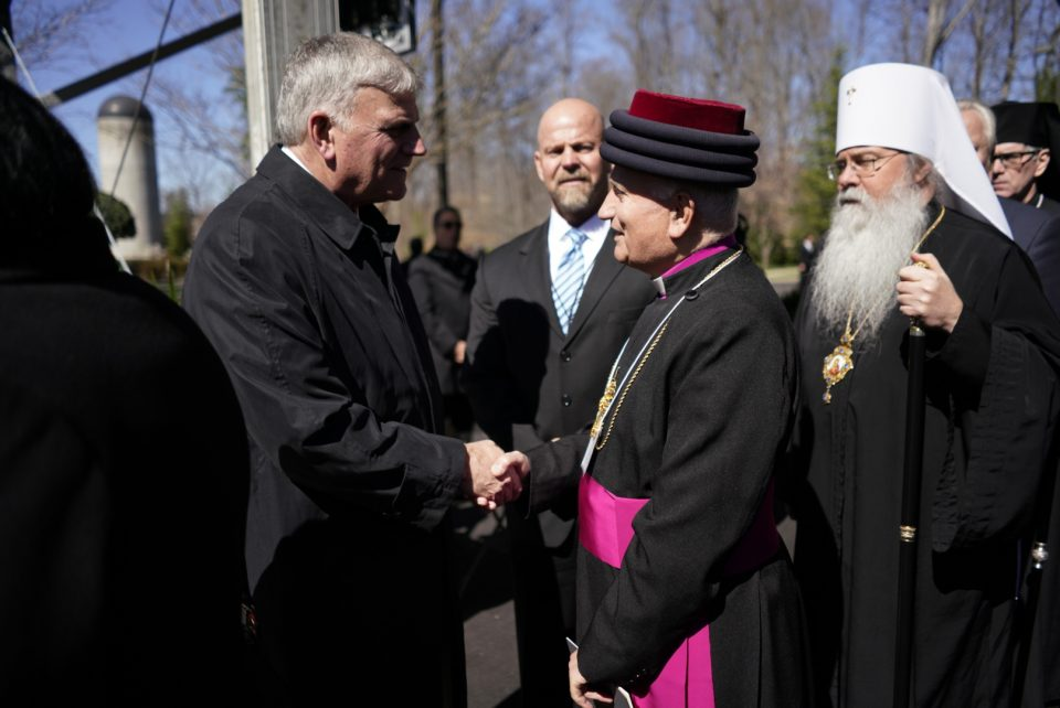Franklin Graham greets archbishops