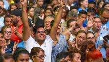 Franklin Graham: Giving Thanks for Transformed Hearts in Mexico and England